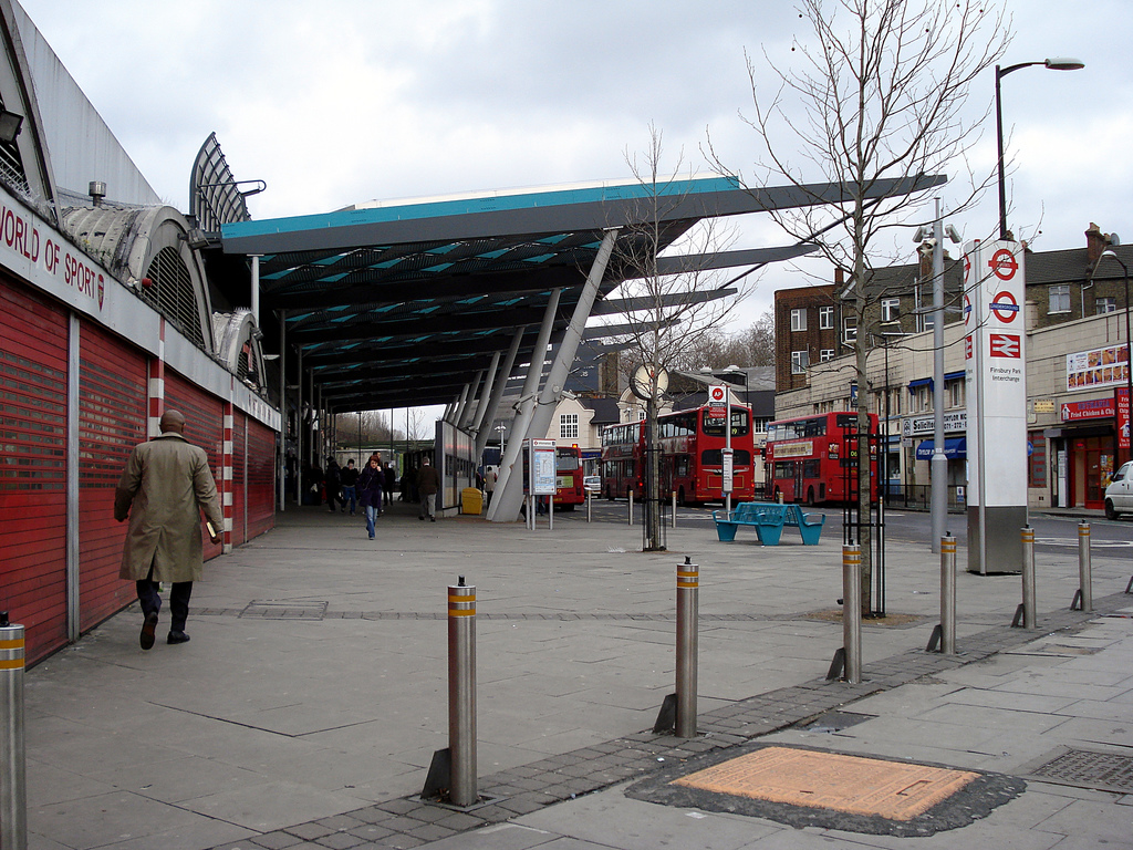 Finsbury park train station